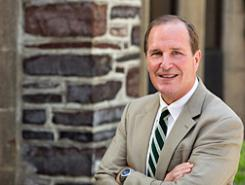 The Office of the Dean of the College is pleased to announce that Todd Kent will be the director of the Program in Teacher Preparation/Teacher Certification, effective July 17, 2017. Kent will provide leadership for the program, which has been reorganized to focus primarily on teacher certification and various outreach initiatives to local school districts.